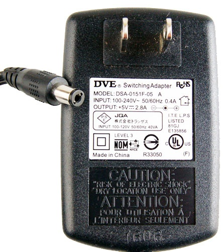 DVE DSA-0151F-05 AC SWITCHING ADAPTER 5VDC 2.8A Power Supply C