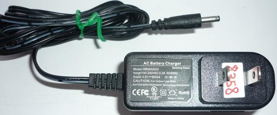 HR05NS03 AC ADAPTER 4.2VDC 600mA USED -(+) 1x3.5mm BATTERY CHARG