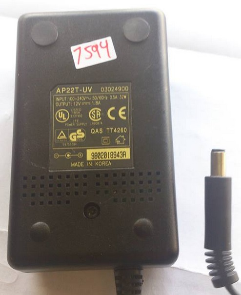 AP22T-UV AC ADAPTER 12VDC 1.8A USED -(+)- 2.3x5.5x10mm