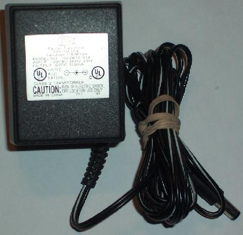 PACIFIC DV-0670-B14 AC ADAPTER 6VDC 0.7A 23W USED -(+) 2x5.5mm R
