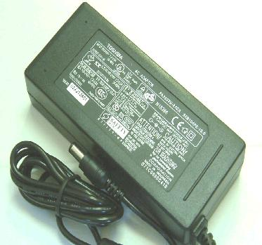 TOSHIBA PA2430U AC ADAPTER 18V 1.1A POWER SUPPLY